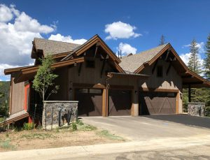 Duplex living at Lakota